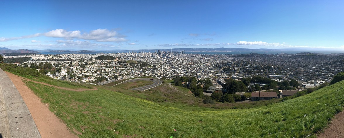 View of San Francisco From the Twin Peaks Lookout