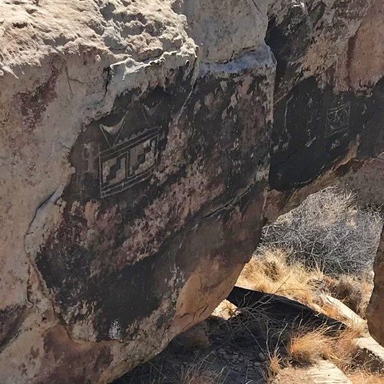 Puerco Pueblo Petroglyphs