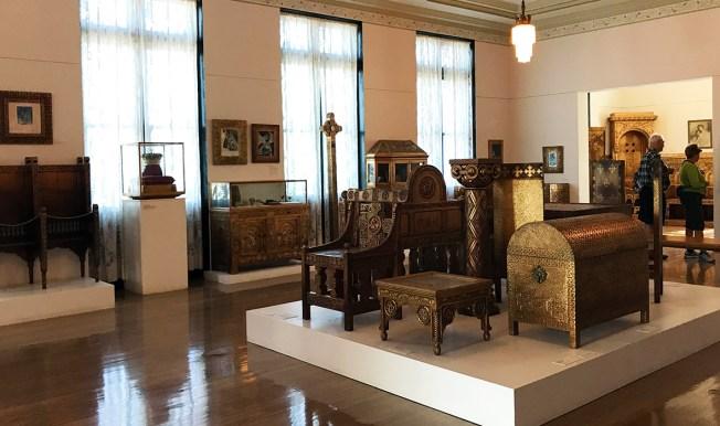 Marie Queen of Roumania Furniture Exhibit