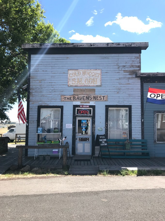 Shaniko Gold Nugget Saloon Now The Ravens Nest