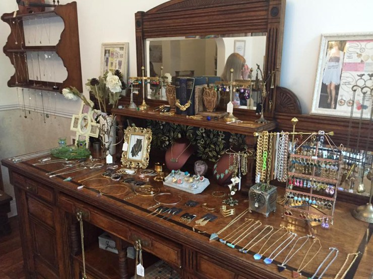 Zara Taylor Jewellery Vintage Boutique
