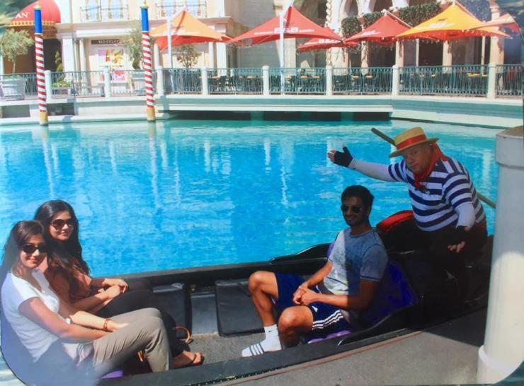 Las Vegas Venetian Gondola Ride Travel America City Guide