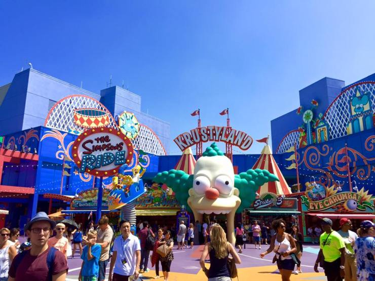 Universal Studios Simpsons Springfield LA America Travel Holiday