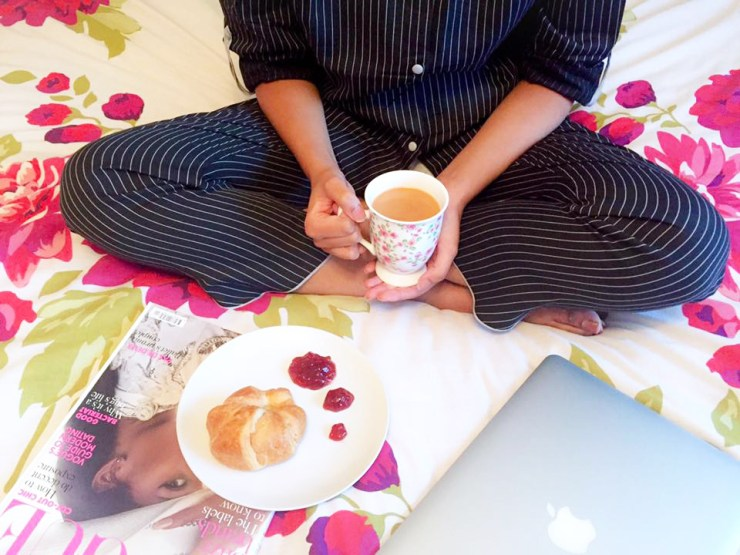cyberjammies-pyjama-stripe-cotton-sleep-bed-night-vogue-laptop-breakfast