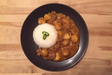 Creamy Beef Massaman Curry Recipe Food Dinner Lunch Thai Dish Rice Meat Potatoes