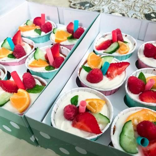 Pimms Cupcakes Fruit Wimbledon Cakes Dessert