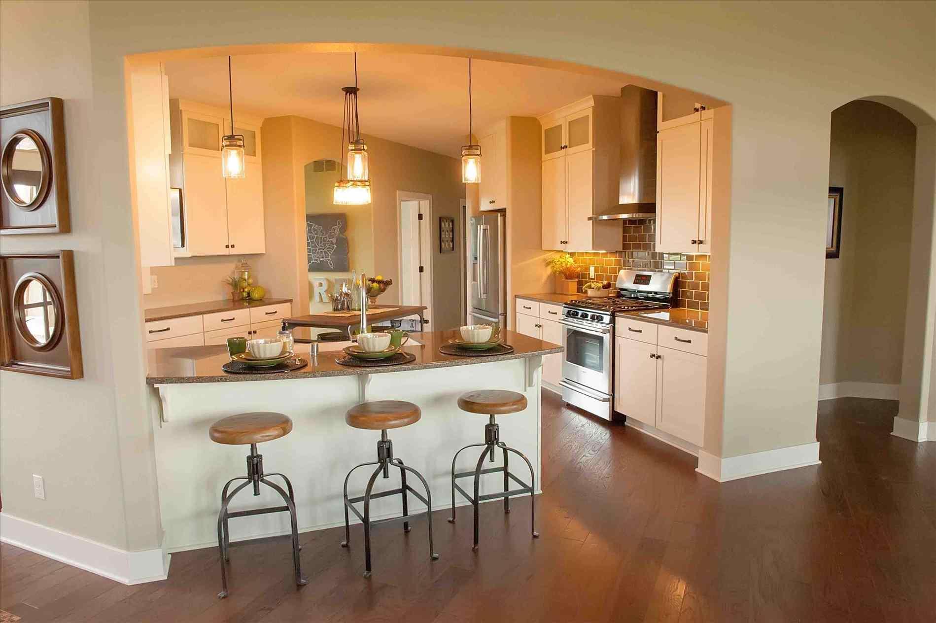 Useful kitchen spaces: Peninsulas that work! on Kitchen  id=27110