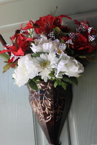 Checkered Flag Flower Arrangement