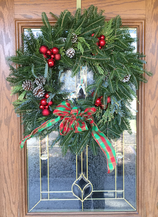 What way does the bow go on a wreath? There is no definitive answer.