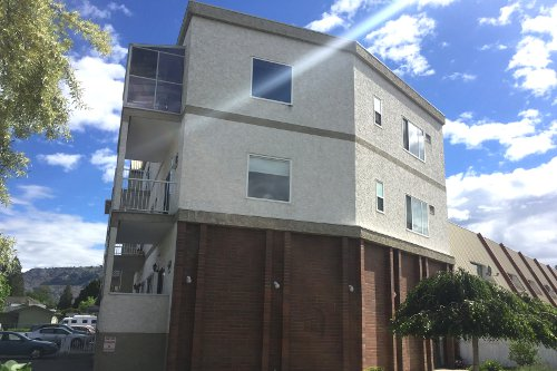 Elm Tree Apartments & Villas