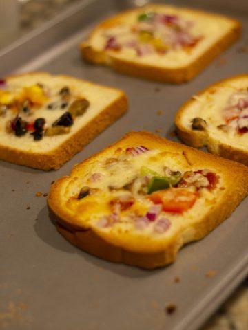 Quick Bread Pizza