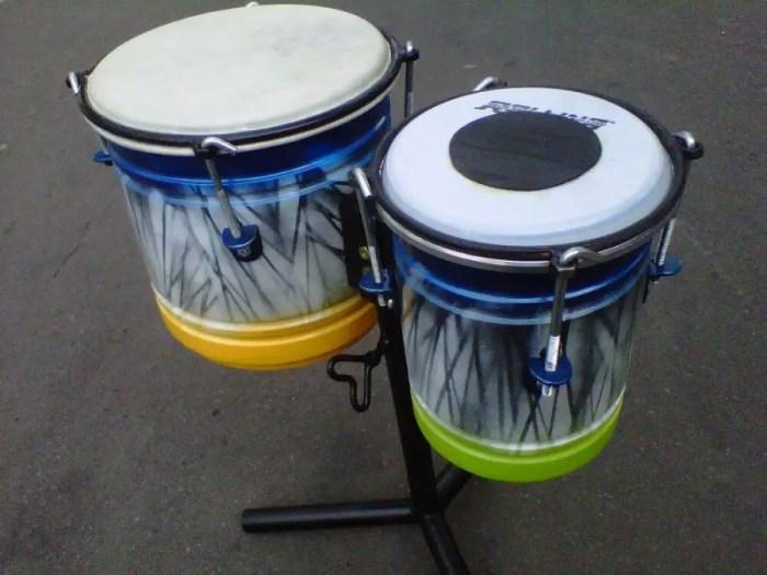 Ketipung dangdut sebagai alat musik ritmis dalam irama lagu dangdut