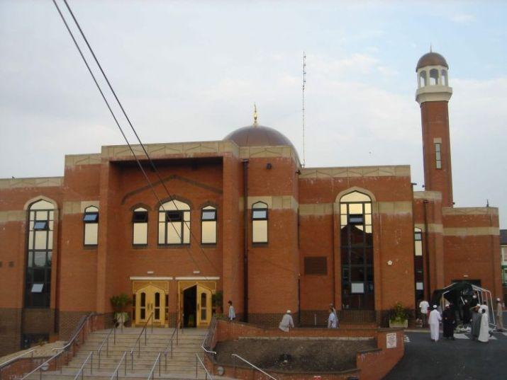 tempat wisata di inggris Masjid Zakariyya Bolton