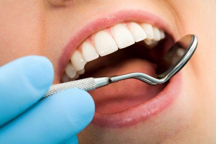fungsi garam untuk membersihkan gigi