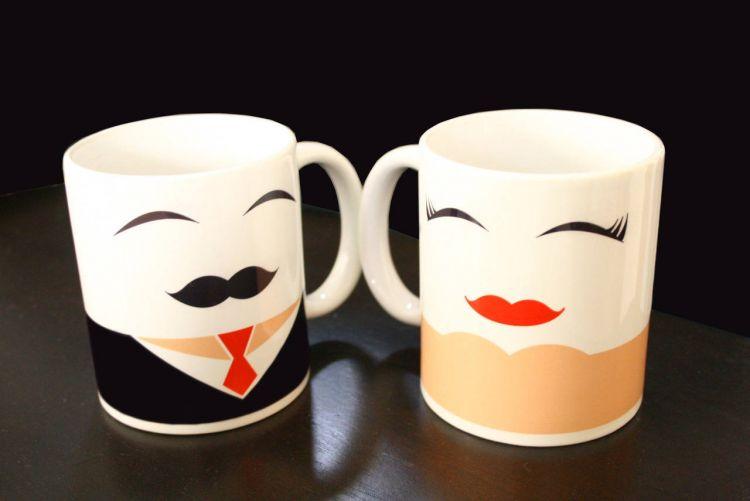 mug cantik untuk kado pernikahan
