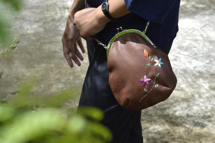 jual tas kulit wanita branded