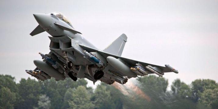 pesawat tempur Eurofighter Typhoon