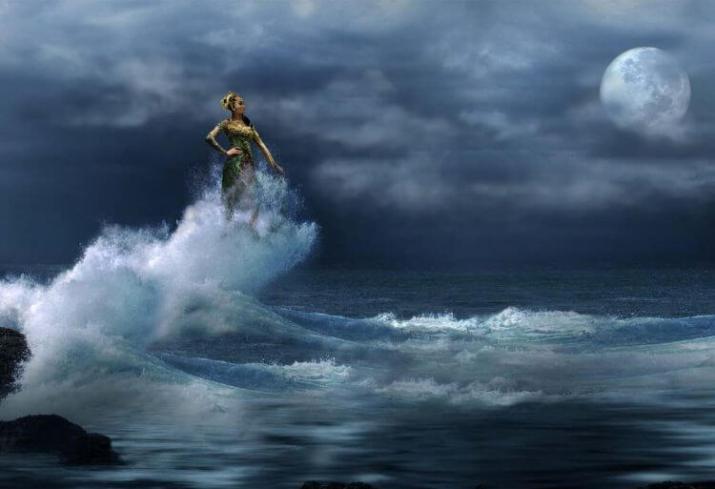 mitos pantai sawarna