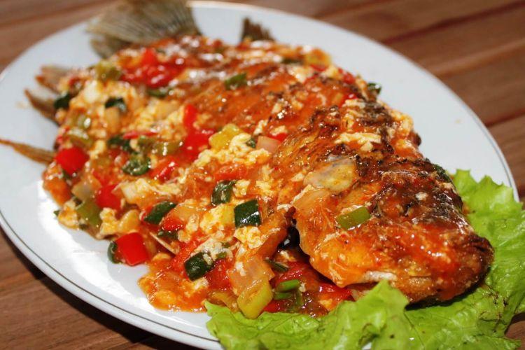 masakan padang ikan cuka gurami