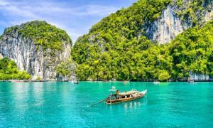 7 Agen Tour Ke Thailand Terbaik yang Siap Mengantarkan Anda Keliling Destinasi Indah di Negeri Gajah Putih