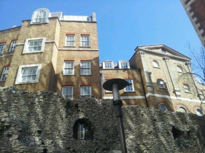 Roman wall at Coopers Row in London