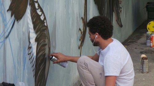 Brazilian artist Mateus Bailon also draws birds.