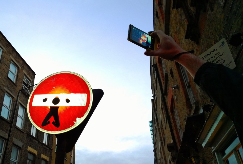 A Clet Abraham piece on the entrance the Sclater Street.  From now on in, it's beginning to get dark