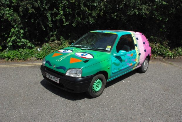 Coolest car ever by Animaux Circus.  Photo thanks to Lana