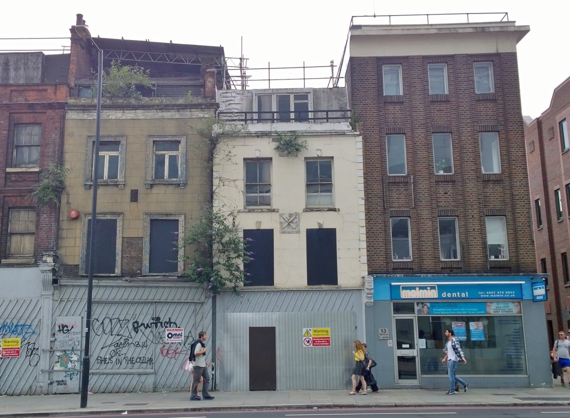 The building to the far left at number 15 could be saved but the other two are proposed for demolition.  Rather than put a mini high rise here, the corner could be rebuilt to be in keeping with the heritage area just around the corner on Folgate Street