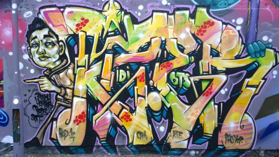 Tizer on Sclater Street