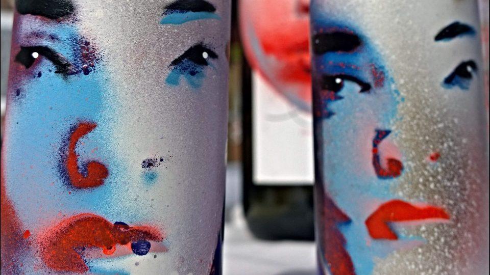 Yvonne Waylings painted bottles