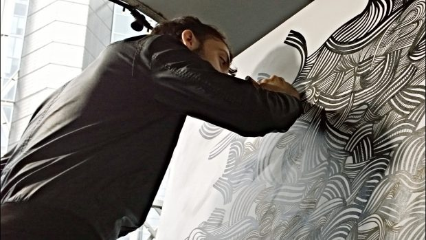 Kef live painting in the Queen of Hoxton
