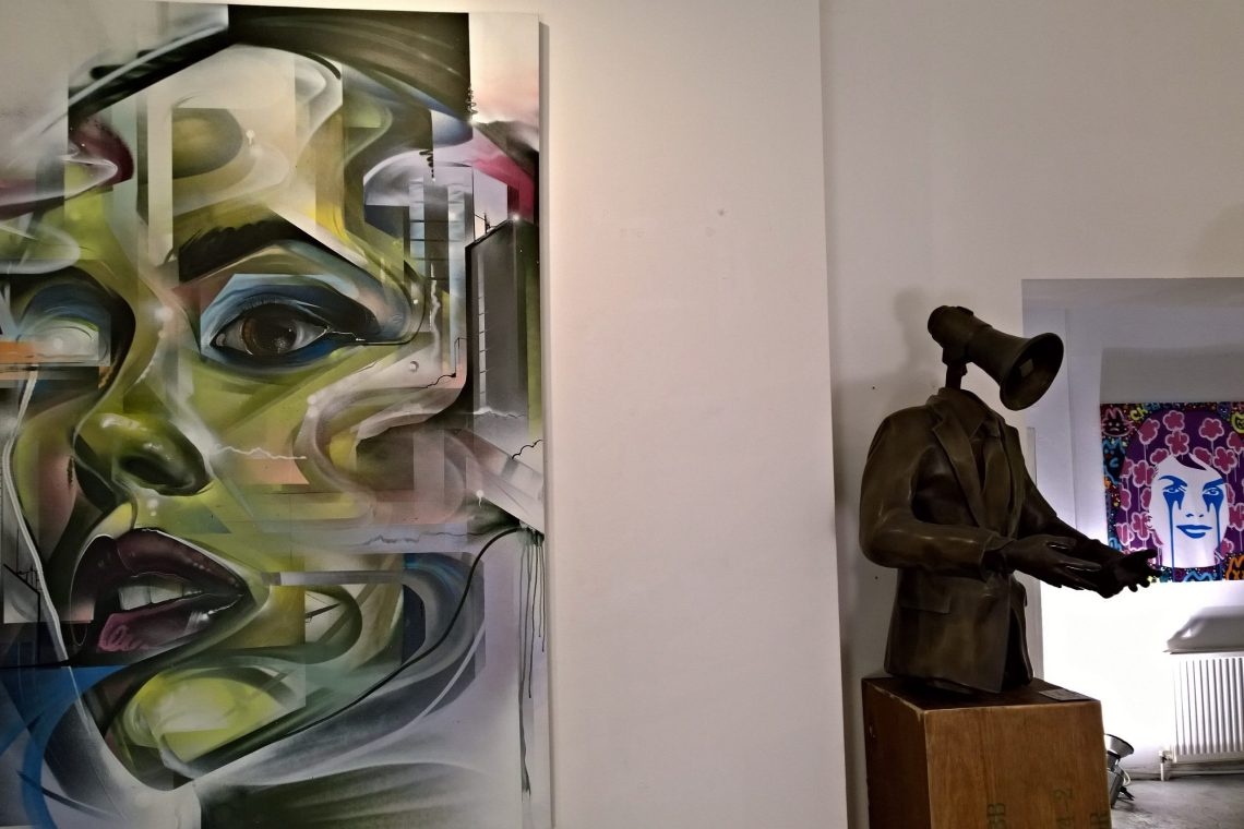 Mr Cenz at the Pure Evil Gallery