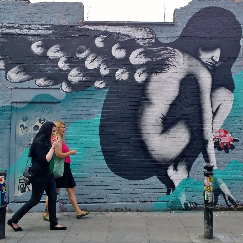 A mural by Eelus painted on Hanbury Street in London