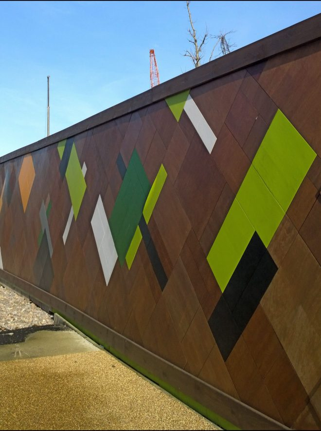 Patterns on the hoardings