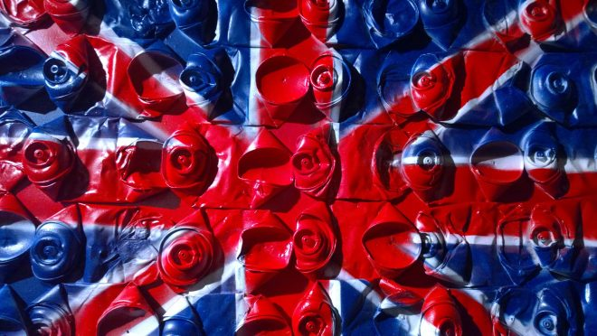 Patriotic spray cans