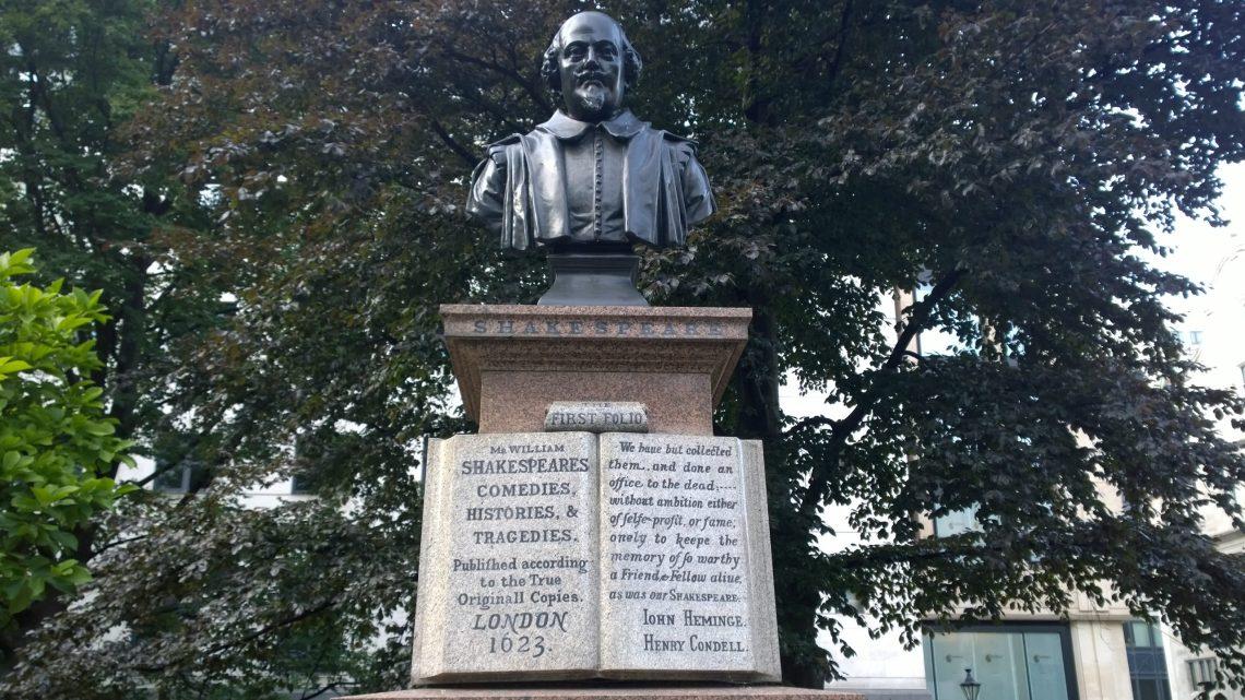 Shakespeare stature