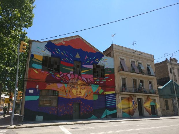 Mural on the corner of Carrer de la Selva de Mar and Carrer de Pere IV