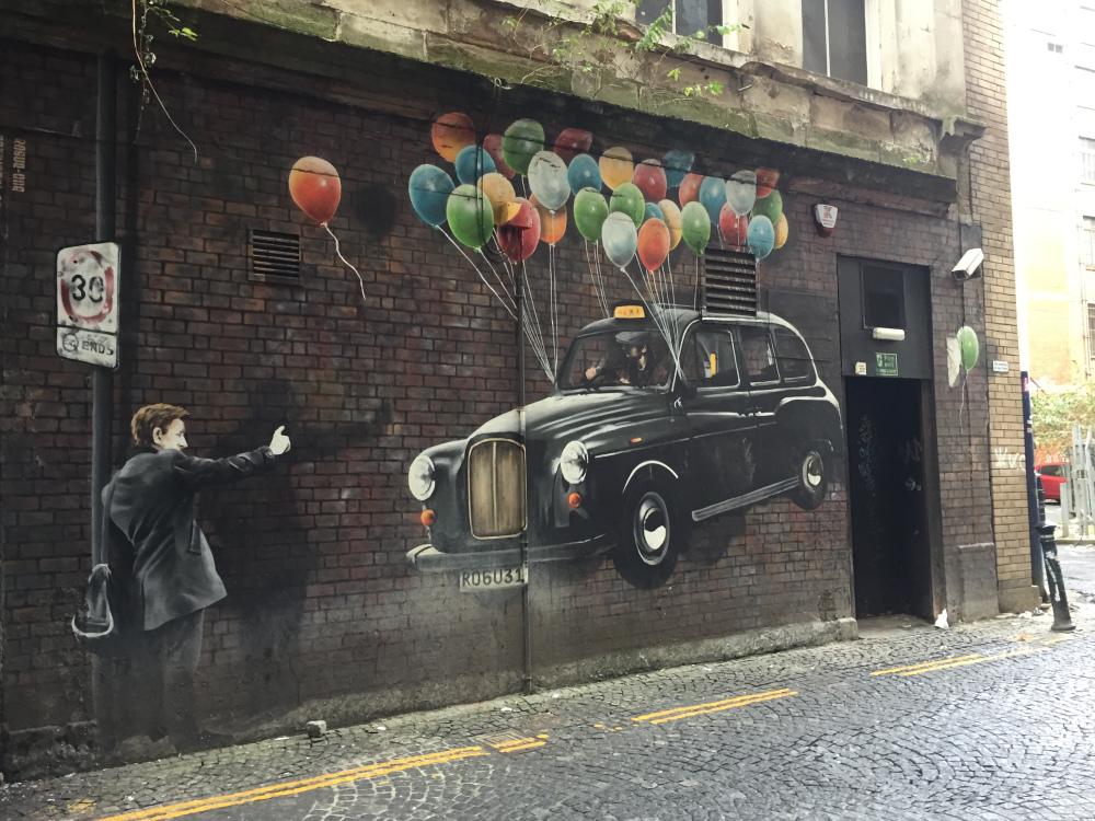 Rogue One taxi Glasgow street art 360