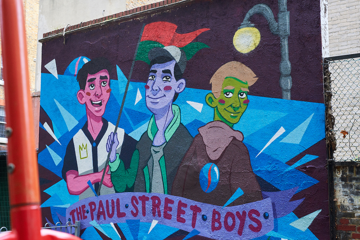 Tribute Mural to the Famous Hungarian Novel 'The Paul Street Boys' appears in Bloomsbury
