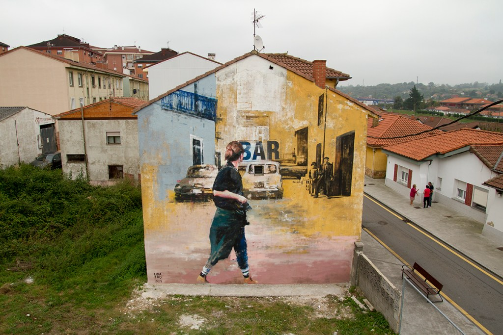 Mural by Udatxo at the Parees Festival in Oviedo