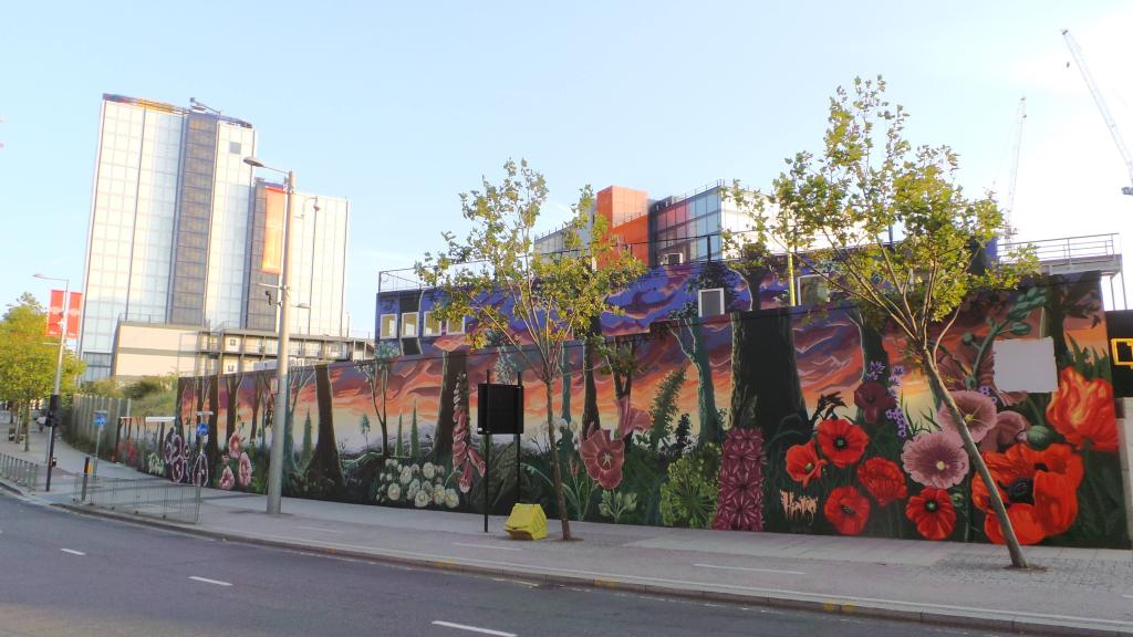 Mural by Ed Hicks in Stratford as part of London Mural Festival