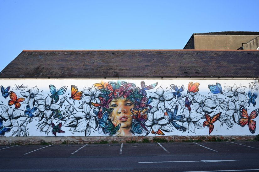 Mural by This One and Jim Vision for Cheltenham Paint Festival 2020
