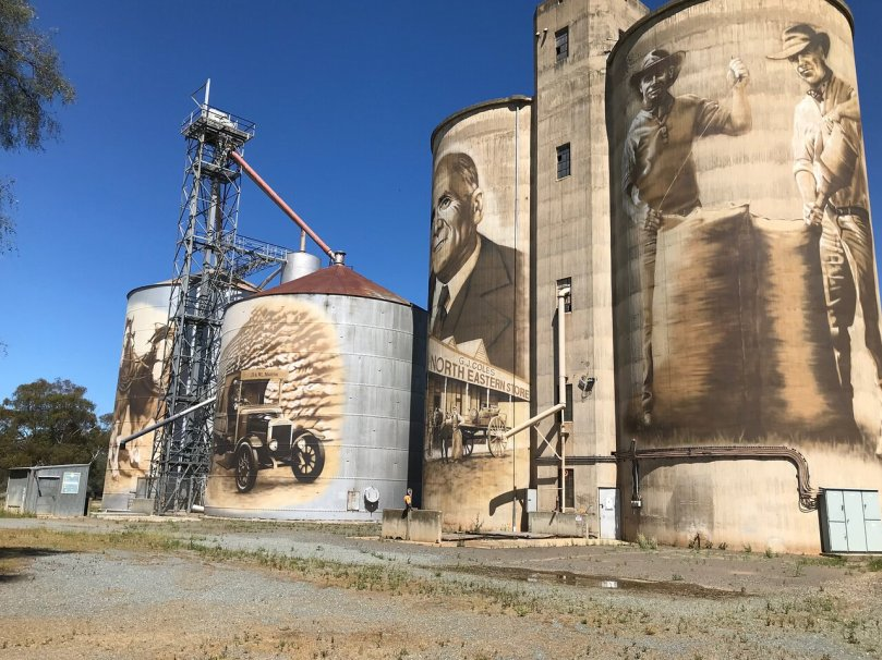Silo Art by Tim Bowtell part of the North East Victoria Silo Art Trail