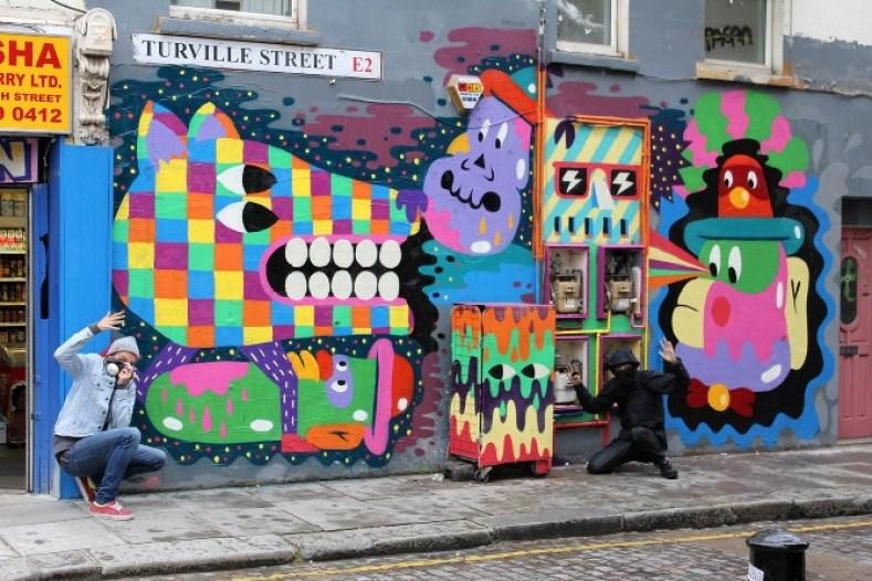 Malarko with street art in Shoreditch