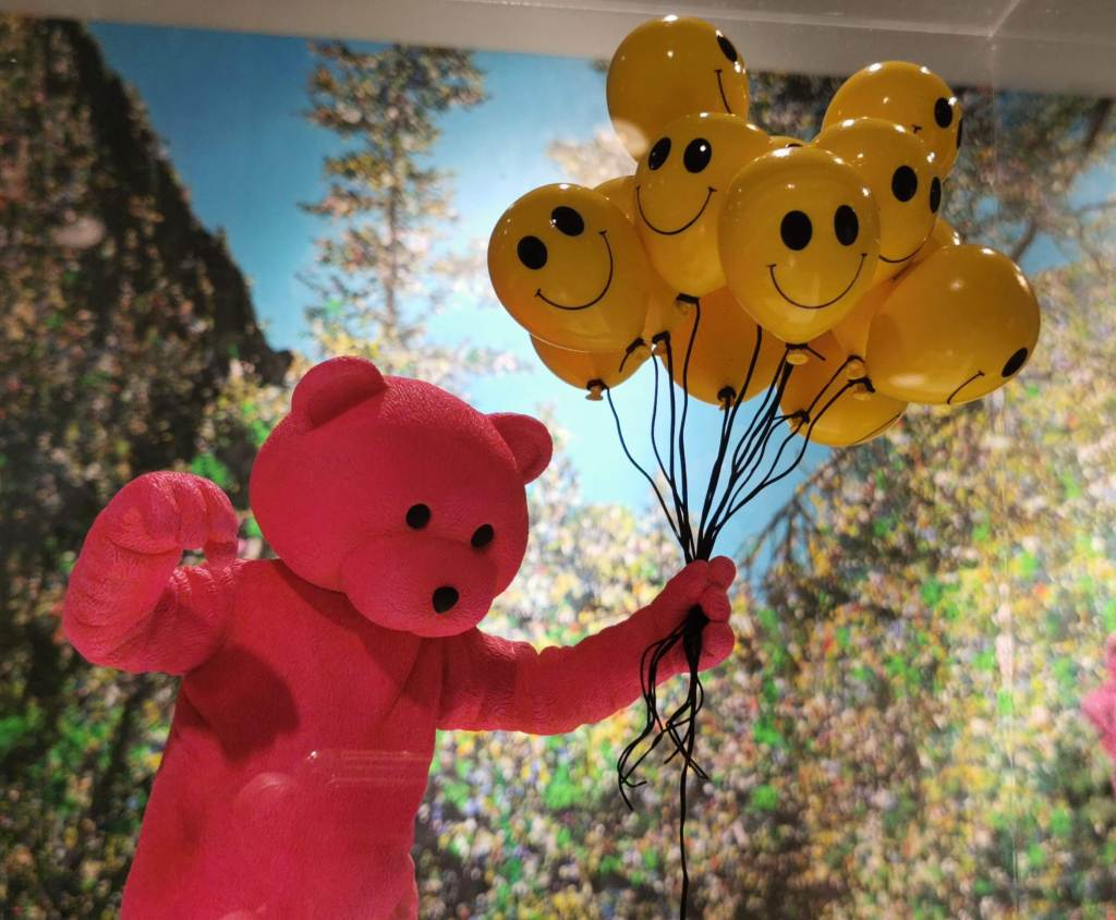 Pink Bear holding balloons at the exhibition the Unconscious Therapy by LUAP