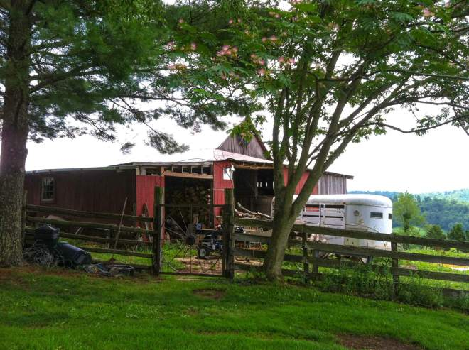 Photo of a century-old red barn in Giles County, Virginia