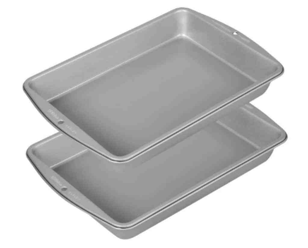 college kitchen cake pan picm
