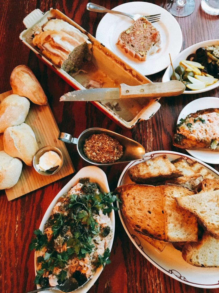 le-bouchon-french-dining-in chicago-inspiring-kitchen