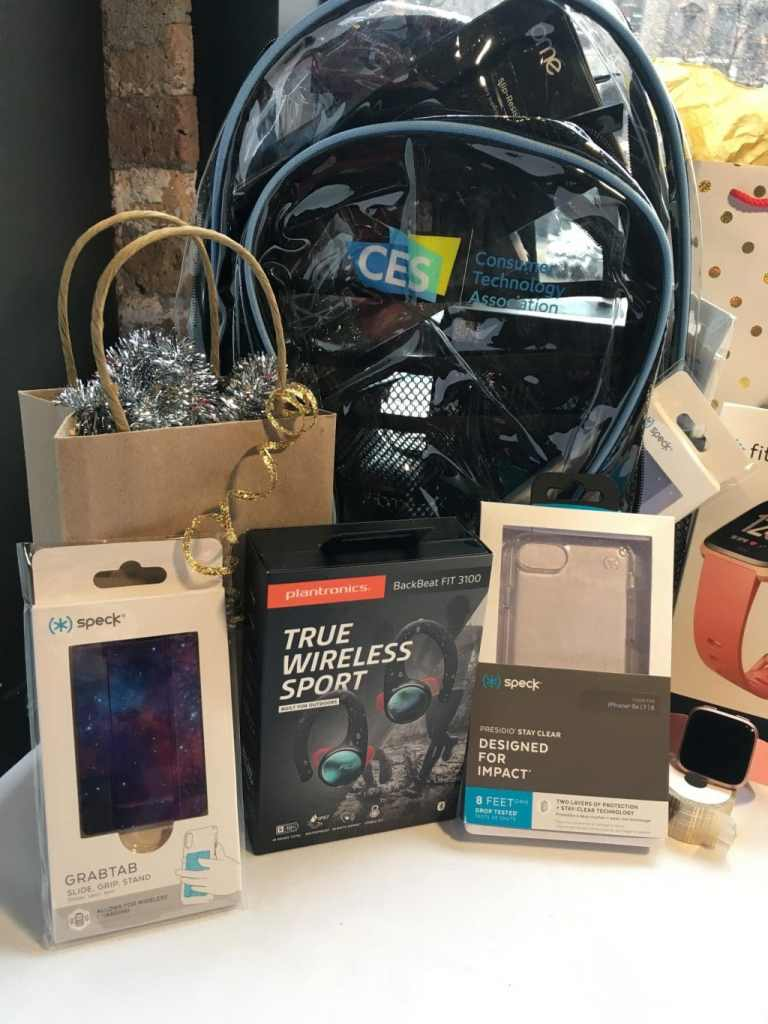 10 Technology Gift Ideas for Kids and Adults